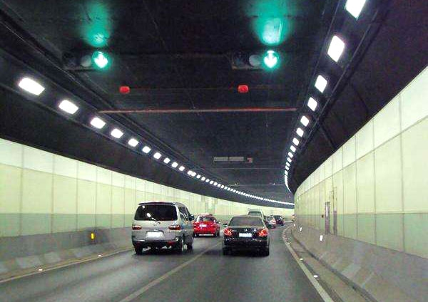 武汉长江隧道给排水工程